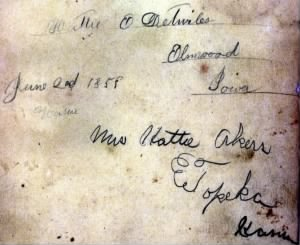 Hattie Detwiler signature 1858, Elmwood Iowa