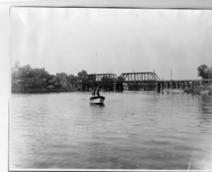 Feather River, looking south at Fifth Street Bridge, 1901.