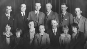 Robert and Elizabeth Hull Family