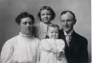 alice, ruth, royal & richard 2.jpg
