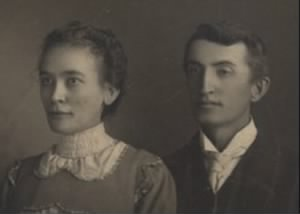 Ninnian A. Little and Wife Jenny.jpg