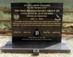 Podington_Station Memorial.jpg