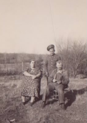 walter and amelia hedtke and son william cropped.jpg
