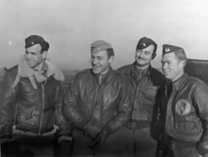 Jack and 323 squadron members2.jpg