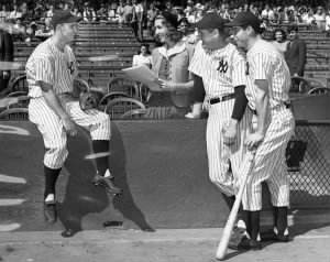 Joe Gordon (left), Lefty Gomez, and Joe DiMaggio.jpg