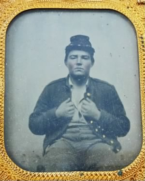 Franklin Fitzsimmons c 1861 Illinois 34th Infantry E Company_edited-1.jpg