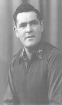 Dick J. Yount Nov. 1944.jpg