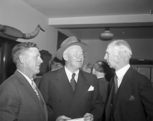 Charlie Grimm, Connie Mack and Gabby Hartnett.jpg