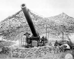698th 240mm Howitzer.jpg