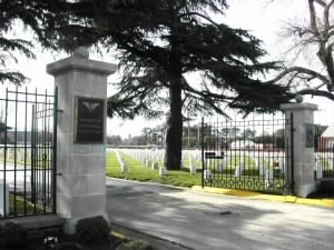 Hampton National Cemetery.jpg