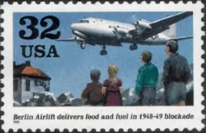 Berlin Airlift.gif