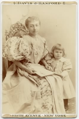 Mamie  Lincoln Isham and her son Lincoln.php