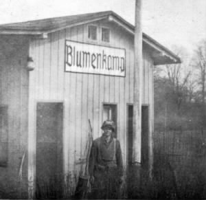 Germany March 1945 Blumenkamp Bahnhof.jpg