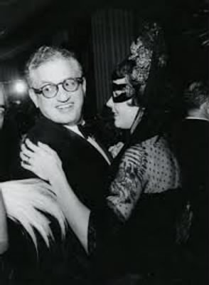 Selznick and Jennifer Jones.jpg