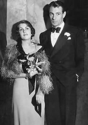Gary_Cooper_and_Veronica_Balfe_1933.jpg